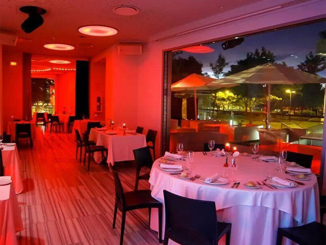 Restaurante Moon